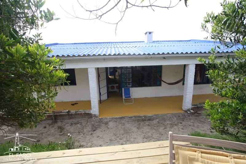 Casa la casa del mar en alquiler en antoni polis for Inmobiliaria la casa