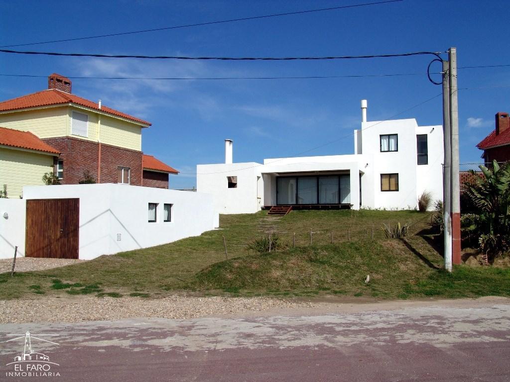 Casa la soleada en alquiler en la balconada la paloma for Inmobiliaria la casa
