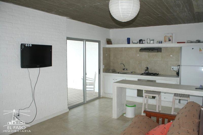 Casa miralmar 103 en alquiler en arachania inmobiliaria el faro - Apartamentos en el algarve ...